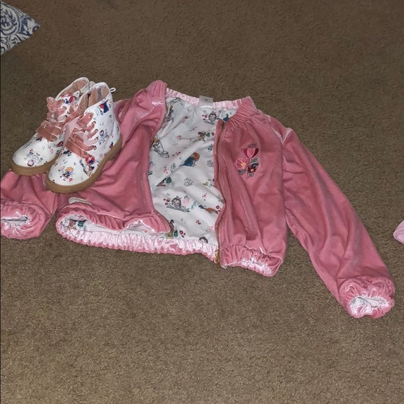 Boot and jacket set